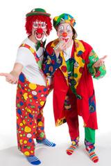 clowns geben eine vorstellung