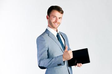 Manager benutzt einen Tablet Computer