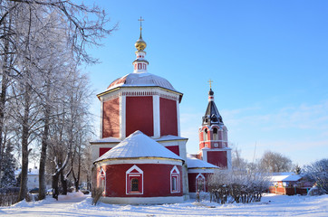 Успенская церковь в Суздале зимой, 17 век