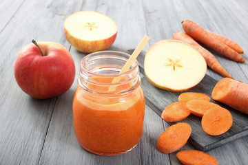succo di frutta carote e mele