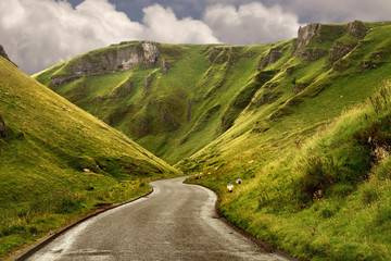 The road at Winnats Pass