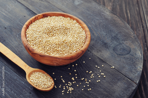 Fotobehang Granen Raw quinoa seeds