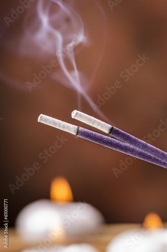 incenso fumante alla lavanda