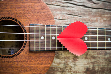 The retro guitar for the lover in Valentine's day.