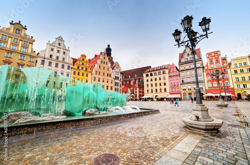 Wroclaw, Poland. The market square with the famous fountain - 61018707