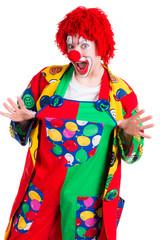 clown zieht an seiner hose