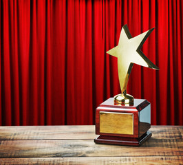 Star award wooden table
