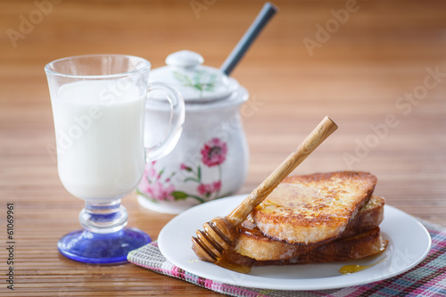 sweet toast with honey