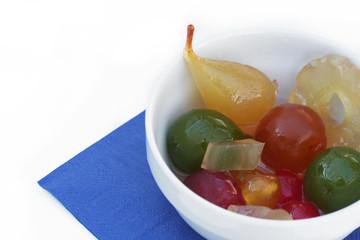 mostarda di frutta mista in ciotola