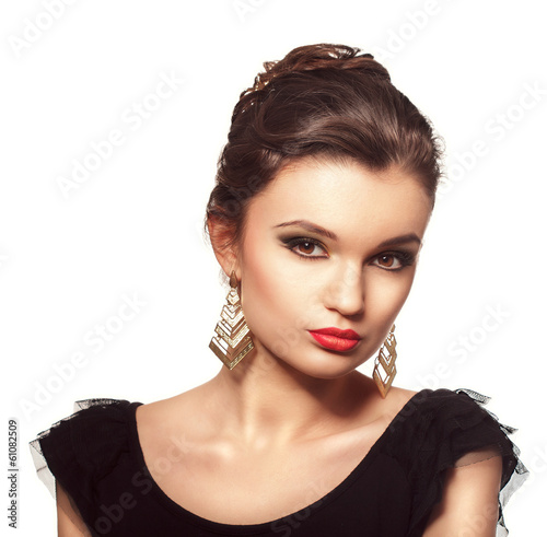 Portrait of beautiful fashion brunette woman