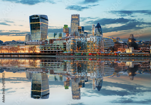canvas print picture London Skylines at dusk England, UK