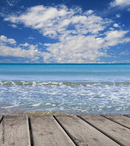 Fotobehang Een Hoekje om te Dromen playa y cielo azul