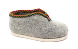 Single traditional Austrian grey felt slipper