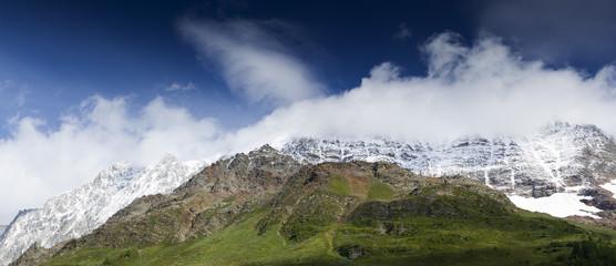 Berge am Lötschental in der Schweiz