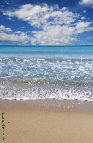 Fotobehang Een Hoekje om te Dromen paisaje de una playa tropical en vertical