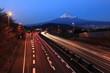 富士と東名高速道路