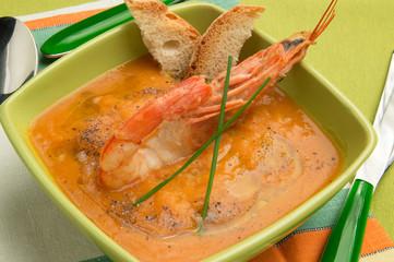 Zuppa di legumi e gamberi