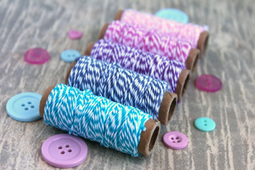 Spools with twine