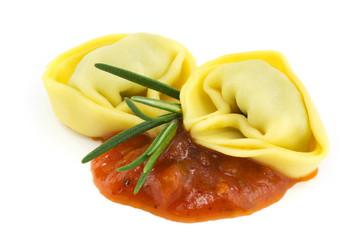 Tortelloni mit Sugo