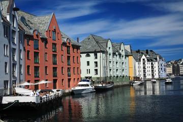 alesund porto città della norvegia