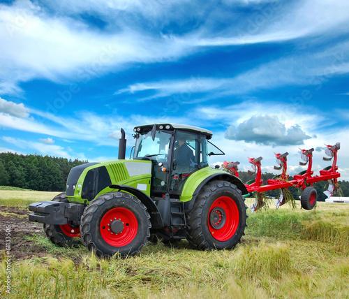 Traktor - 61133506