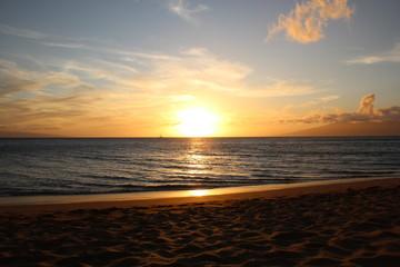 Sonnenuntergang am Kaanapali Beach auf Maui (Hawaii, USA)