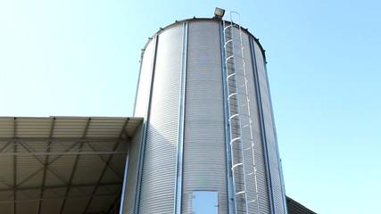 grain tank silos