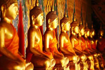 Row of golden buddha statue
