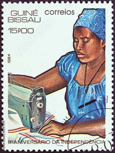 Woman sewing (Guinea-Bissau 1984)