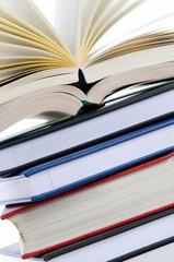 Bücherstapel close-up