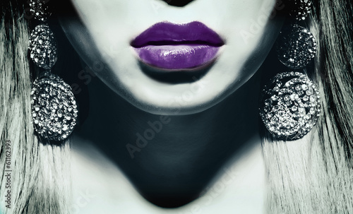 woman with violet lips