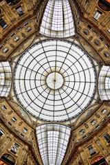 Milano ottagono  galleria Vittorio Emanuele
