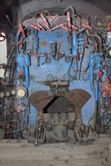 Mainline locomotive firebox and controls