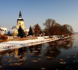Kirchturm Wintereinbruch