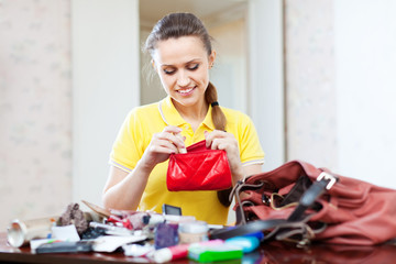 inconsiderate woman found  thing in purse
