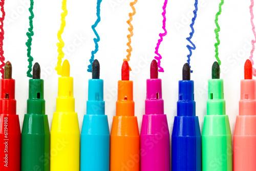 Various color felt-tip pens