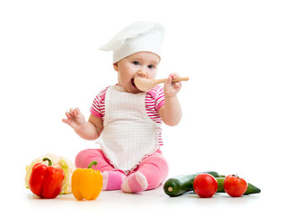 cook baby girl with healthy food