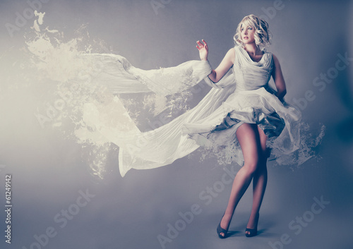 Marilyn Monroe  with splash dress