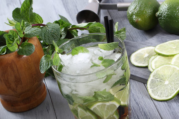 cocktail mojito colore verde