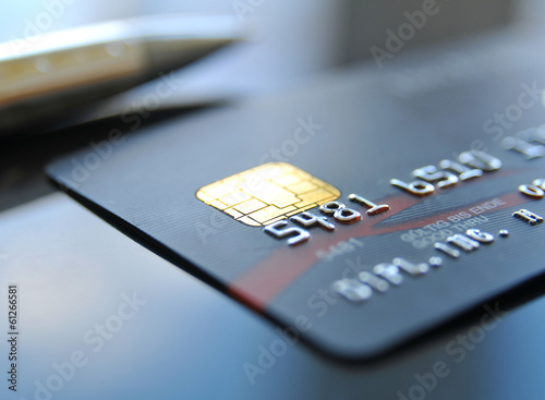 Zahlen mit Kreditkarte - 61266581