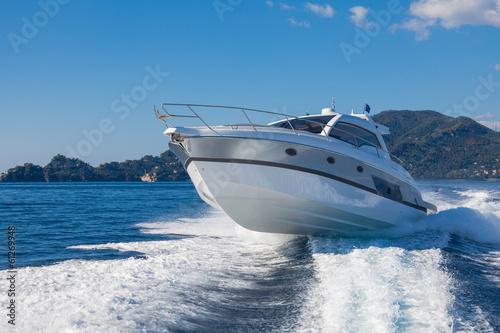 Fotobehang Jacht motor boat