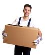 Lachender Möbelpacker mit Kiste