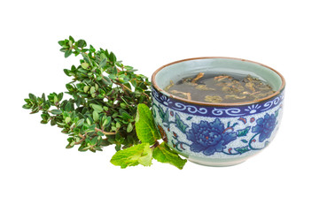Tea with thyme and mint