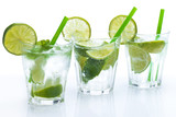 Fototapeta Fresh drink with lime and mint