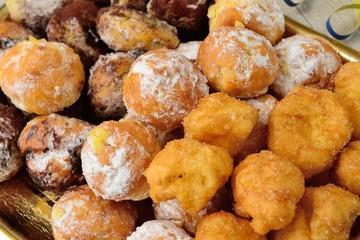 Frittelle di carnevale ripiene