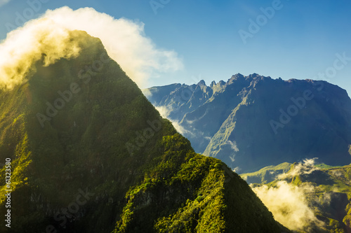 canvas print picture Mountain crest in the morning sun, La Réunion