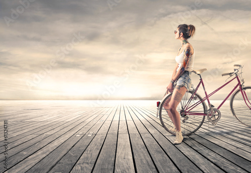 cycling alternative girl