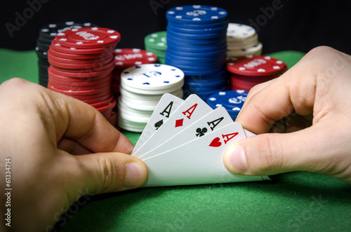 Poker of aces - 61334714