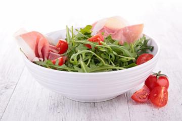 salad with ham and tomato