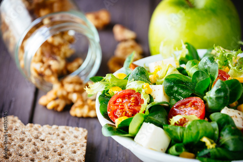 Foto op Canvas Voorgerecht Dieting green salad and crackers